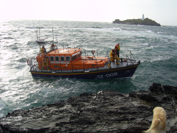 St Ives AWB volunteer crew searching for missing swimmer off Godrevy in a heavy swell