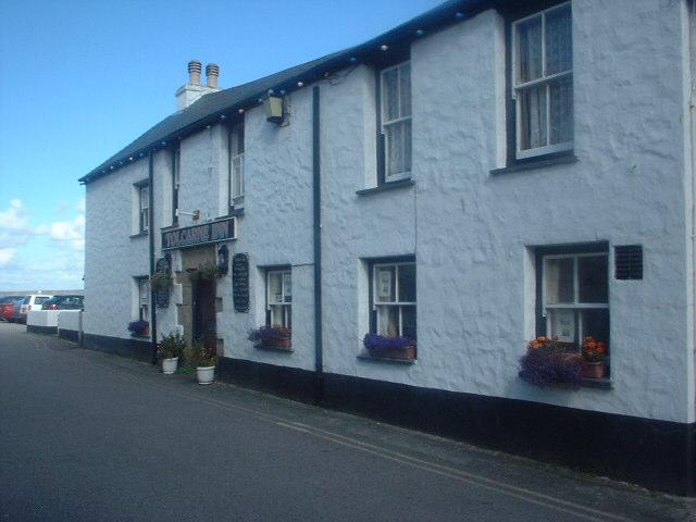 Tolcarne Inn, Newlyn, Penzance (Click picture to open Tolcarne Inn website)
